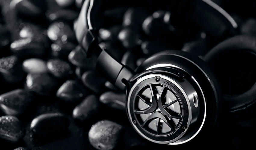 1MORE H1707 Triple Driver Over-Ear Mic